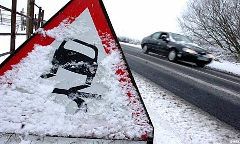На патиштата можна голомразица  забрана за камиони на Пресека и Маврово   Дебар