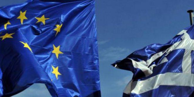 Еврозоната ја деблокира помошта за Грција