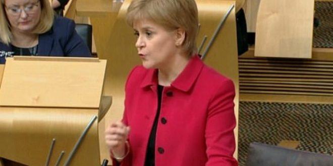 Империјата се распаѓа  Шкотска гласа за развод од Лондон
