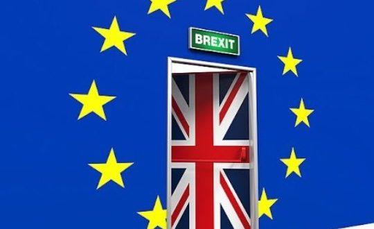 Тереза Меј утре и официјално ќе прогласи Брексит