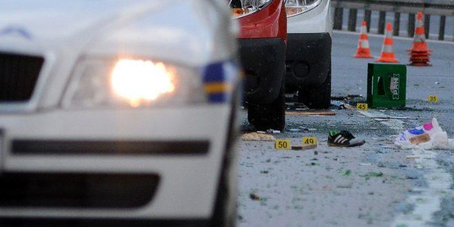 Десет лица полесно повредени во сообраќајки во Скопје