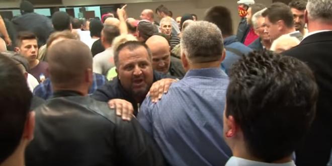 Кривични пријави против 15 лица за нередите во Собранието, петмина приведени