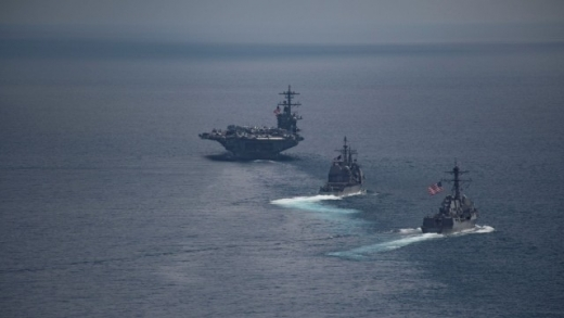 Станува жешко  Американска флотила сврте кон Корејскиот полуостров