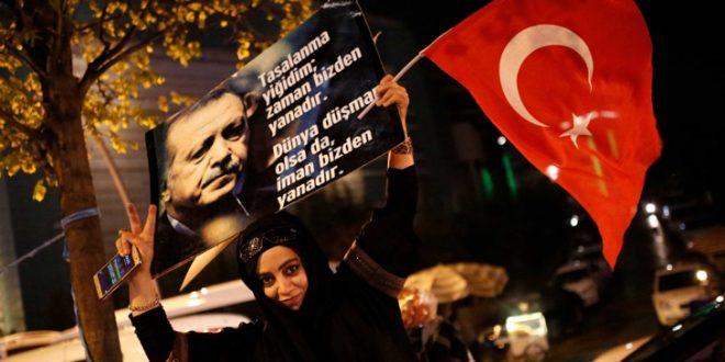 Керн: Треба да се замрзнат средствата на ЕУ за Турција