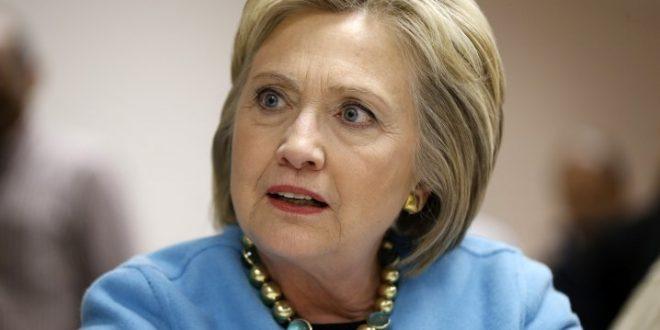 Хилари Клинтон: Императив е Трамп да го испратиме во пензија