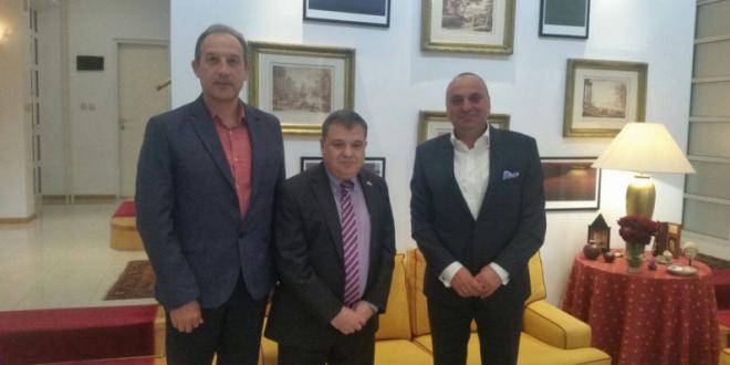 Средба меѓу челниците на Обединети за Македонија и францускиот амбасадор Тимоние