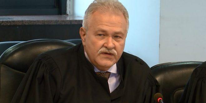 Вангеловски не ѝ дозволил на комисијата за Грујовски и за Бошковски да влезе во Врховен