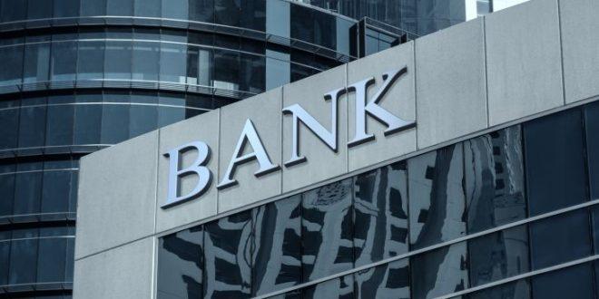 Даночна полиција упадна во централите на петте најголеми банки во Италија, шверцувале дијаманти