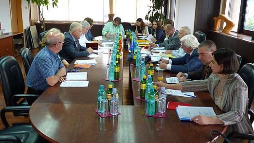 Вангеловски се сретна со експертската група на Прибе