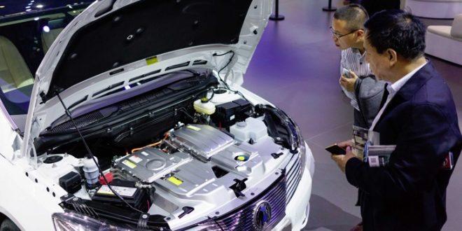 Кина ја запира продажбата на возила напојувани со фосилни горива