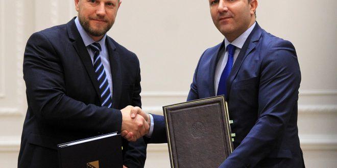 Македонските возачки дозволи ќе важат и во Босна и Херцеговина и обратно
