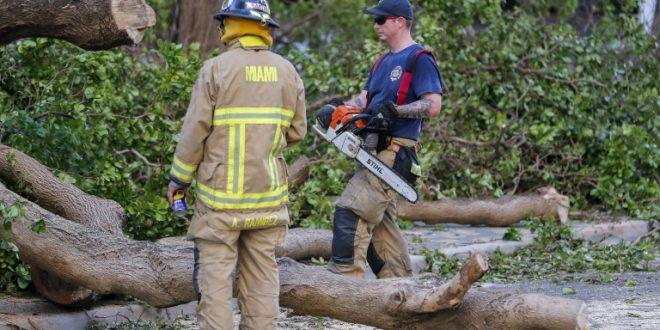 Флорида се опоравува по стихијата  Ирма