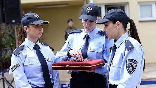 Истражување  Намален рејтингот на полицијата  поголема доверба за полицајките