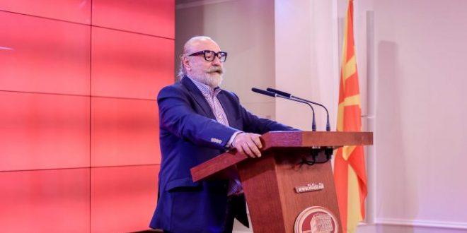 Од играната серија  Македонија  нема ништо  Тозија бара  Јадран филм  да ги врати парите