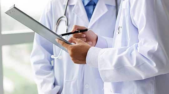 """Лажел дека е доктор и наплаќал по 6.000 денари за ,,лекови"""" против секакви болести"""