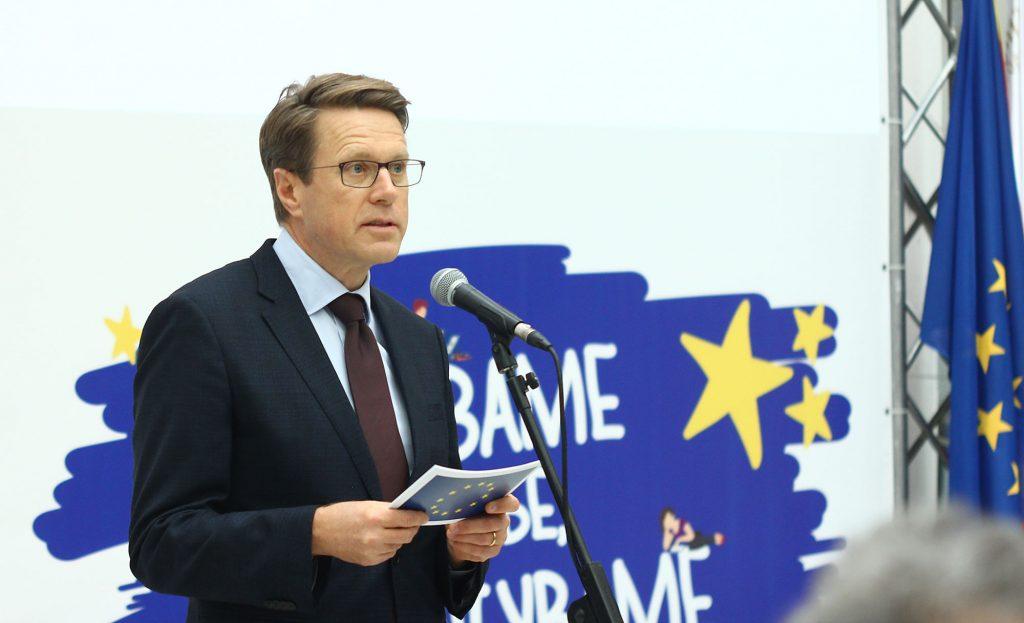 """Нова кампања на """"ЕУ за ТЕБЕ"""" во Струга и Охрид: """"За чисто како дома исто"""""""