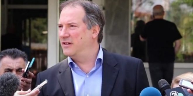 Жерновски: Македонските граѓани имаат насушна потреба од фунционирање на правниот систем