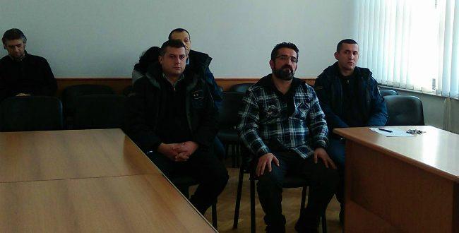 Пепиќ вели дека во Собранието бил службено  а по негова идеја ја евакуирале Шекеринска