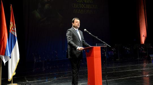 Анѓушев побара косопствениците на неговите фирми да ги повлечат апликациите за мерките од Планот за економски раст