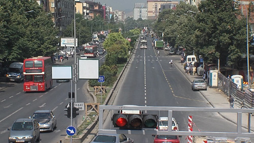 Град Скопје  Не планираме никаква забрана за влез на моторни возила од другите градови