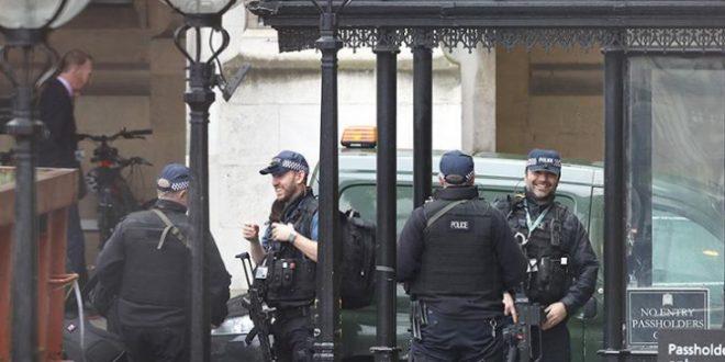 Вонредна вест од Лондон  Зградата на британскиот парламент е блокирана од страна на полицијата