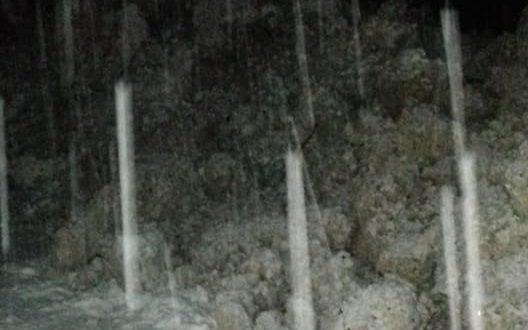 ГАЛЕРИЈА  Лавина од снег на патот Маврово Дебар  сообраќајот целосно во прекин