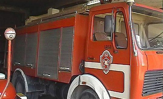 Запалени шест контејнери во Дебар Маало (ВИДЕО)