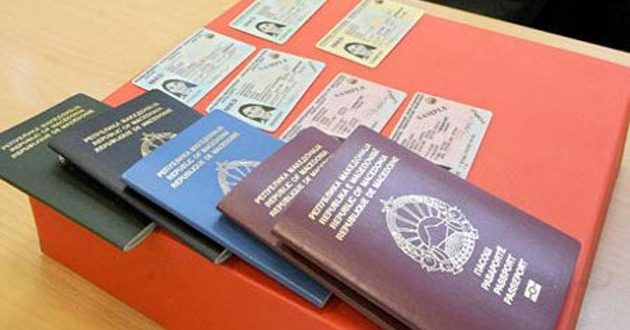 Хаосот со пасошите продолжува и за личните карти, возачките и сообраќајните
