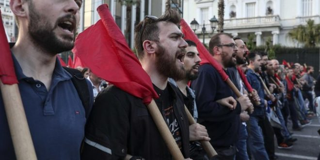Нови протести во Атина  Американци   убијци