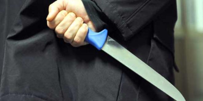 Хорор во Скопје: Психопат со нож ја бодел мајка му и ја запалил