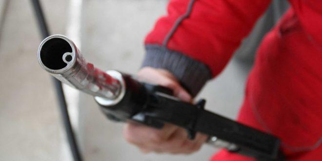 Бензините и дизелот од полноќ со нова цена