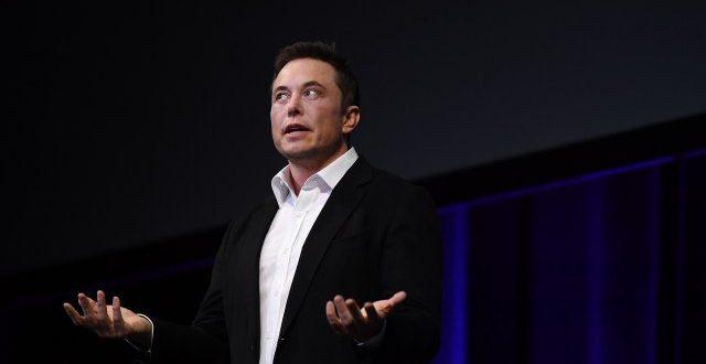 """Маск: """"Тесла"""" им испорачува бесплатни респиратори на болниците ширум светот"""