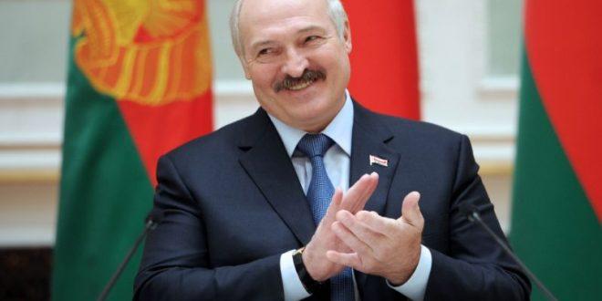 Лукашенко ја положил претседателската заклетва во тајност