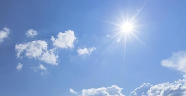 Сончево со мала облачност, попладне дожд, грмежи и ветер