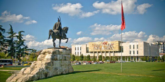 Македонците во Албанија го поддржуваат барањето на МАЕИ за загарантирани места за малцинствата во Парламентот