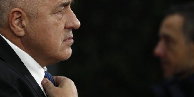 Борисов го отфрли повикот на Радев за оставка на владата: Јас сум демократ!