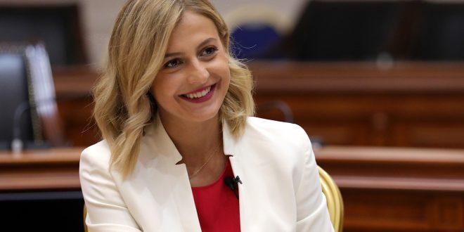 Ангеловска: Реализацијата на буџетот во јули покажува дека заживувањето на економијата се одвива со добра динамика