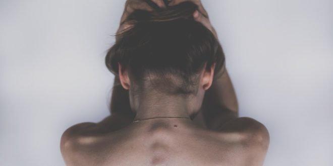 Изолацијата ви предизвикува депресија: Еве неколку ефективни решенија да ја надминете состојбата