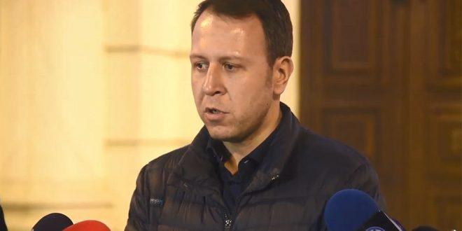 Јанушев му посака брзо закрепнување на Зекири, тој ги чека резулатите од тестот за коронавирус
