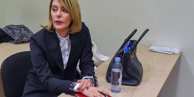 Ана Камчева пристигна во Кривичниот суд (ФОТО)
