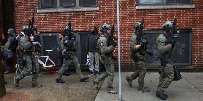 Полицаец и тројца жители убиени во престрелка во Џерси Сити (ВИДЕО)
