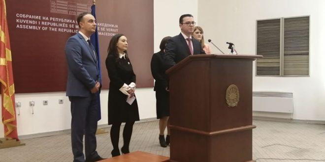 ВМРО-ДПМНЕ: Власта нема да ја има таа среќа нашите кадри да ја напуштат владата