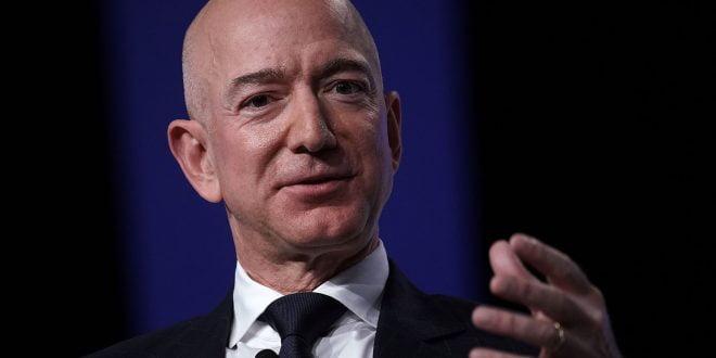 Форбс излезе со нова листа на најбогати во светот, Безос неприкосновен