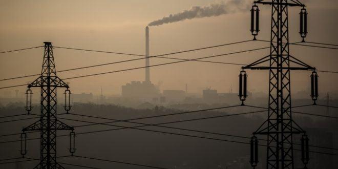 Франс-Прес: Проблемите со греењето го поттикнуваат балканскиот смог и чад