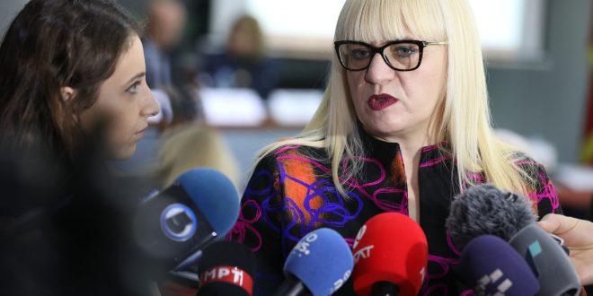 Работните групи на власта и опозицијата на средба за законот за ЈО до крајот на неделава, Дескоска очекува поддршка од сите пратеници