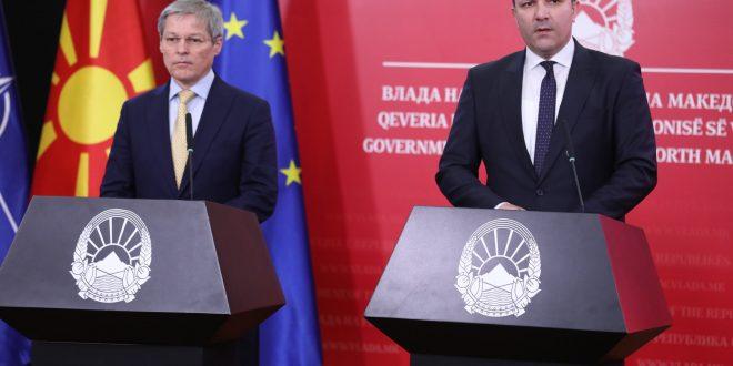 Чолош: Со валкана изборна кампања, губитници ќе бидат граѓаните на Северна Македонија