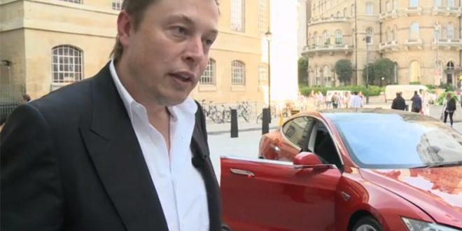 Што вози основачот на Tesla?