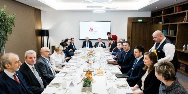 Димитров на работен појадок со резидентните амбасадори на земјите членки на ЕУ