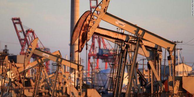 Русија се согласи да го намали производството на нафта за 14 проценти