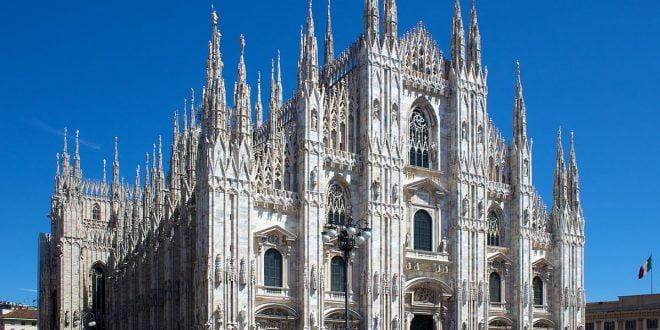 Андреа Бочели во недела настапува во празна катедрала во Милано